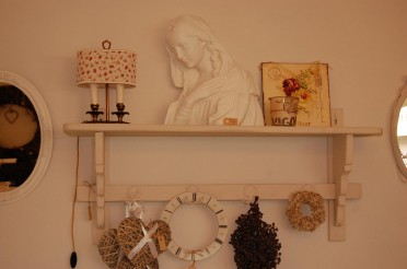Brocant shabby chic wit beeld/buste van Madonna